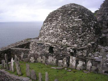 Vestige monastique, le cimetière sur Skellig Michael